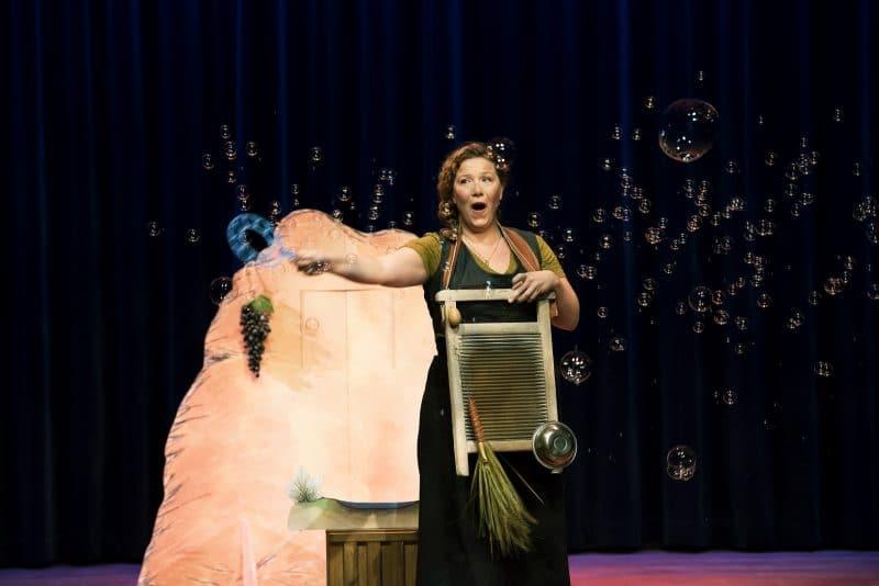 Gonnie en Gijsje gaan samen op stap in Theater Hof 88
